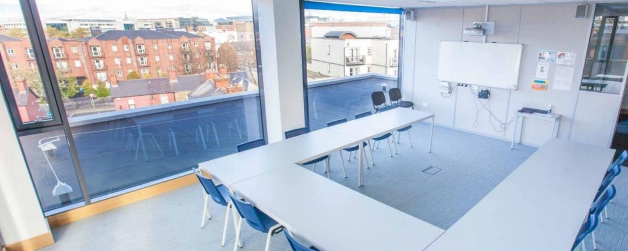 Atlantic Language ダブリン校の教室風景